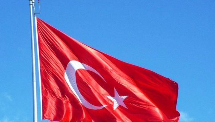 Турция начала операцию против курдов, игнорируя США