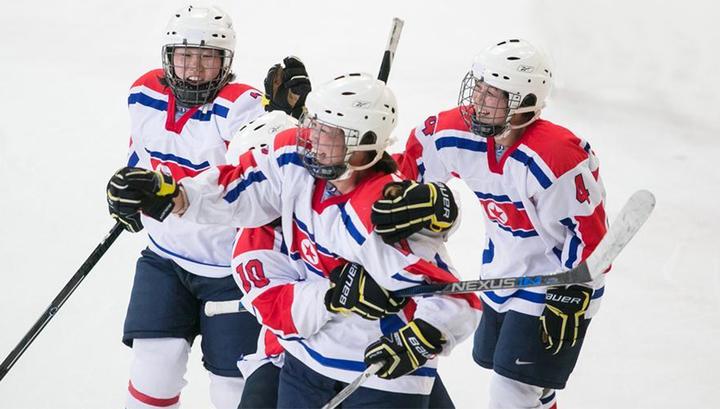 Хоккеистки КНДР прибыли в Южную Корею для совместных тренировок