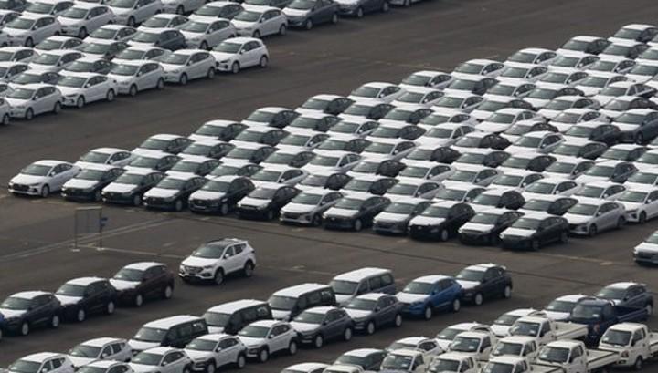 Продажи автомобилей в Британии в январе упали на 6%