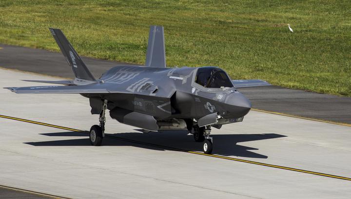 Министр обороны США резко раскритиковал программу производства самолета F-35