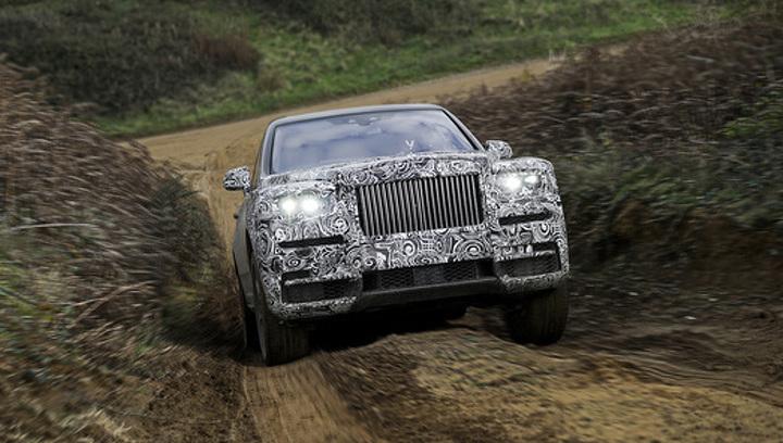 Rolls-Royce подтвердил имя своего первого вседорожника, которое и так все знали