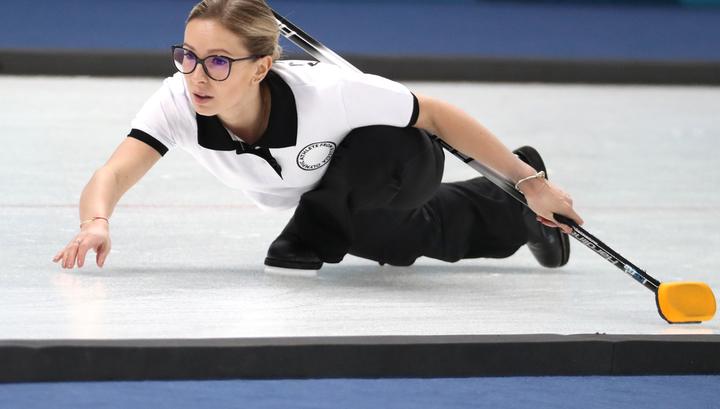 Российские керлингистки победили немок в стартовой игре чемпионата Европы