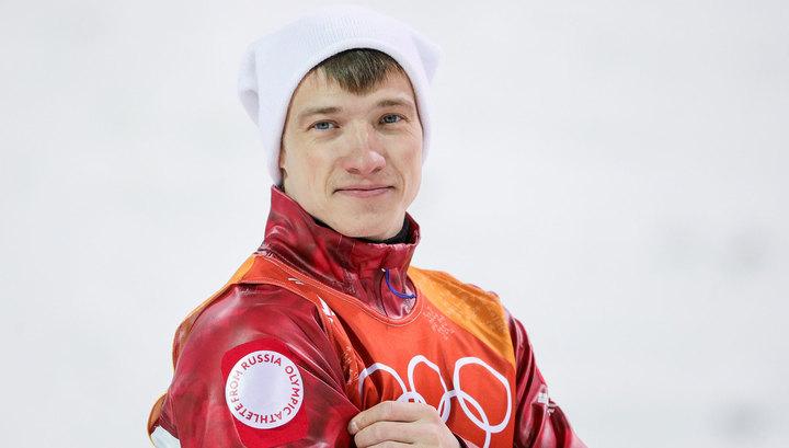 Фристайлист Буров продает подаренный за бронзу Олимпиады автомобиль