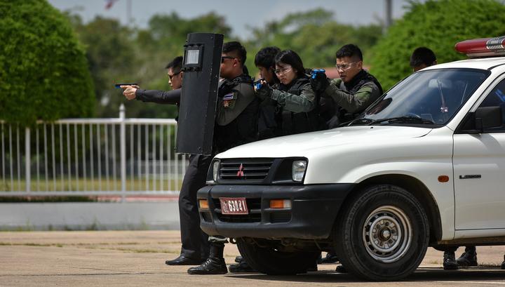 Неизвестные совершили магический ритуал у офиса премьера Таиланда