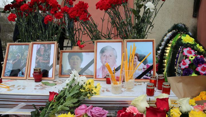В Кизляре прощаются с расстрелянными у Свято-Георгиевского храма
