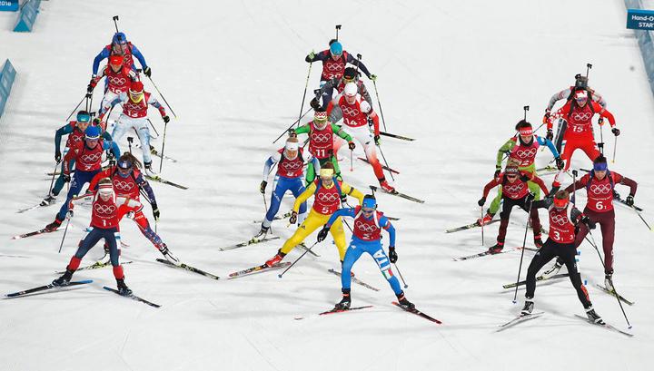 Смешанную эстафету биатлонистов выиграли французы. Россияне - девятые