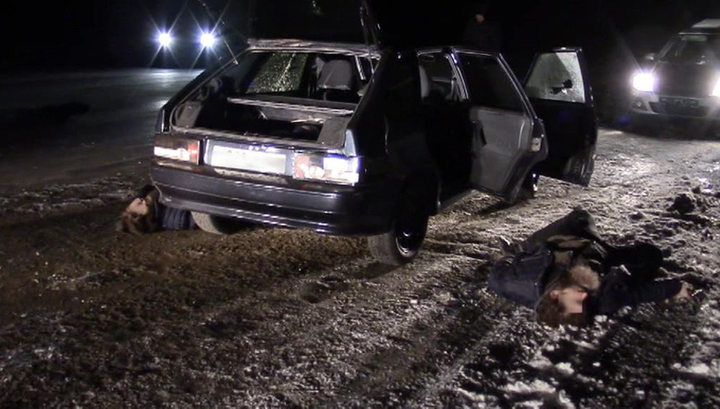 Тела, пистолеты, взрывчатка: опубликовано видео с места ликвидации террористов под Саратовом