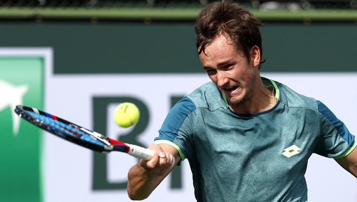 Даниил Медведев зачехлил ракетку на турнире в Индиан-Уэллсе