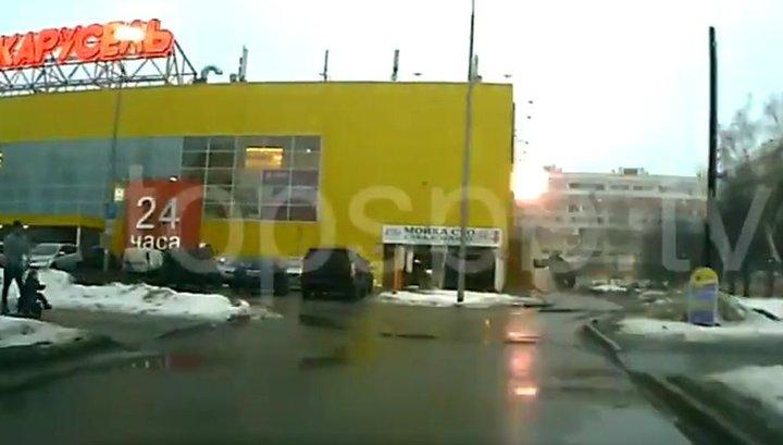 Момент взрыва газа в питерской многоэтажке попал на видео