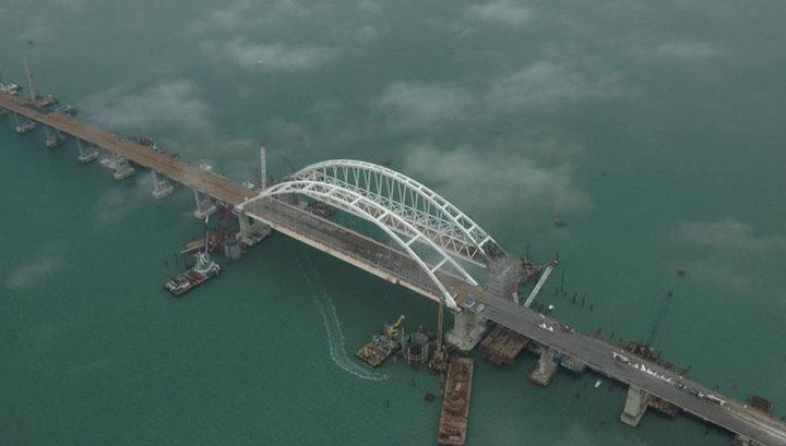Автомобили поедут по Крымскому мосту после 9 мая