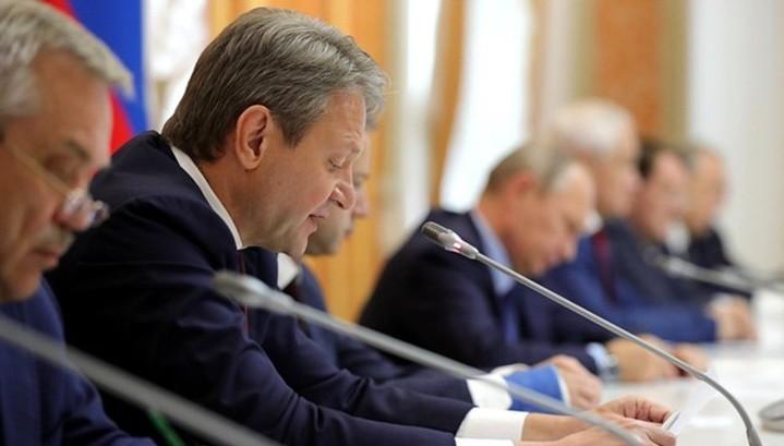 Ткачев ожидает сбор зерновых в 2018 г. в 110 млн т