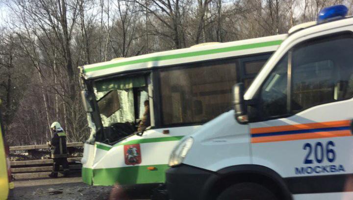 Возросло число детей, пострадавших в ДТП с автобусом и грузовиком в Москве