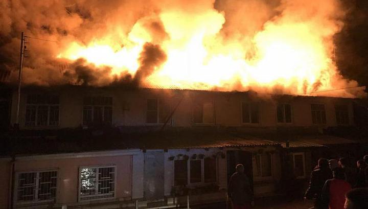 Пожар в Сочи: 20 человек эвакуированы