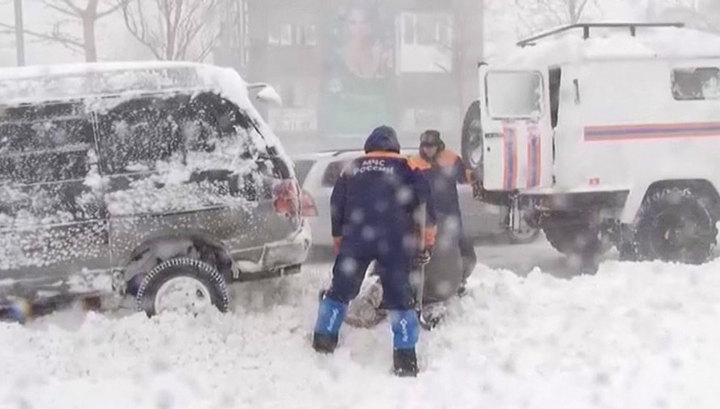 По Камчатке и Сибири ударил мощный циклон