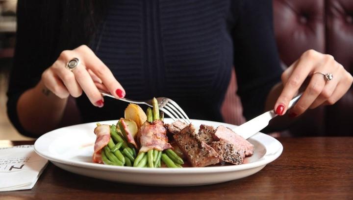 Из-за воспалительных процессов, связанных с набором веса, у человека уменьшается количество вкусовых рецепторов.