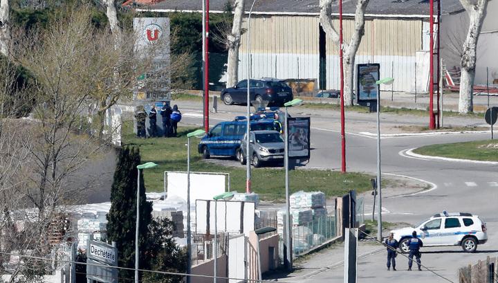 """Террорист из французского супермаркета отомстил за """"своих братьев в Сирии"""""""
