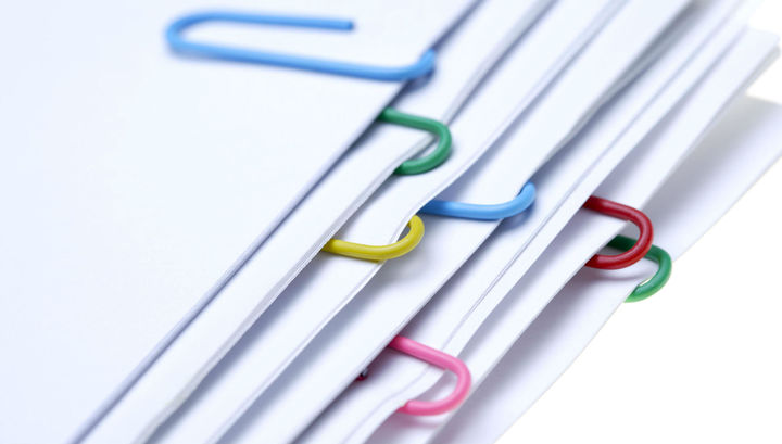 Навоз слона или коровы пригодится при создании бумаги.