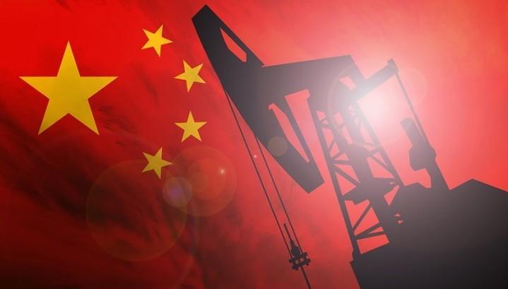 Борьба нефтедоллара и нефтеюаня займет годы