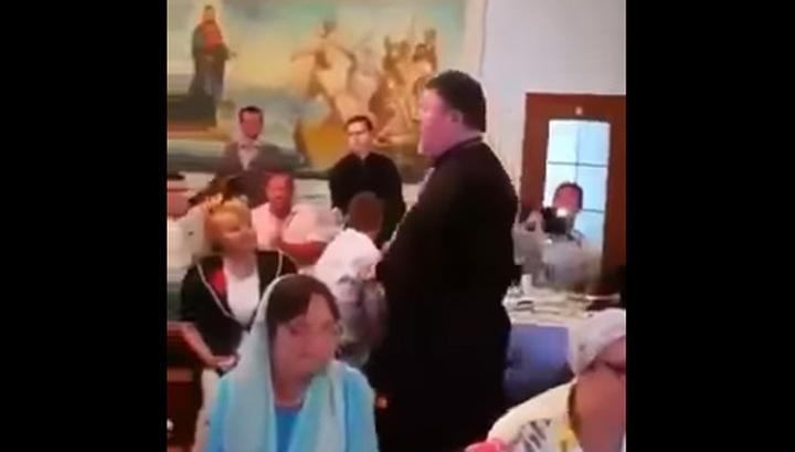 """Поп-звезда: священника, спевшего """"Мурку"""", отправят под надзор в Тирасполь"""