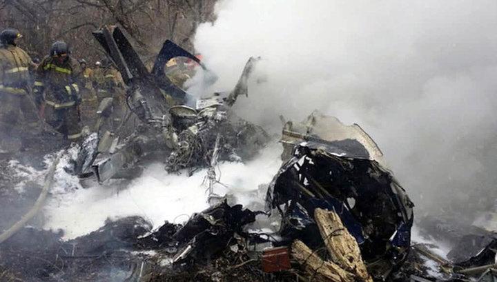 """Крушение Ми-8 в Хабаровске: пожар ликвидирован, """"черные ящики"""" обнаружены"""