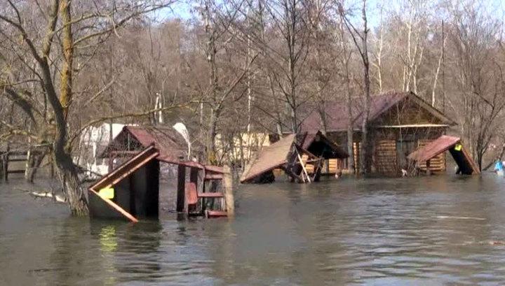 В Воронежской области спасатели борются с последствиями паводка
