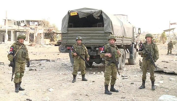 Российская военная полиция патрулирует населенные пункты у Восточного Каламуна