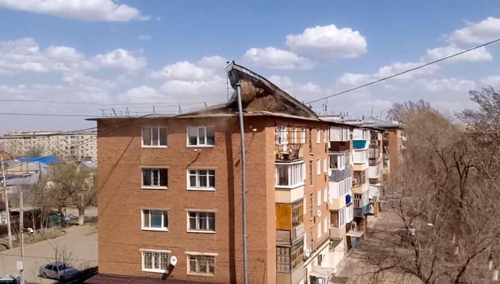 Жители России и Казахстана сняли на видео разгул стихии во время сильного урагана