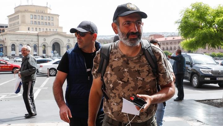 Пашинян еще не стал премьером, но уже назвал условие своей отставки