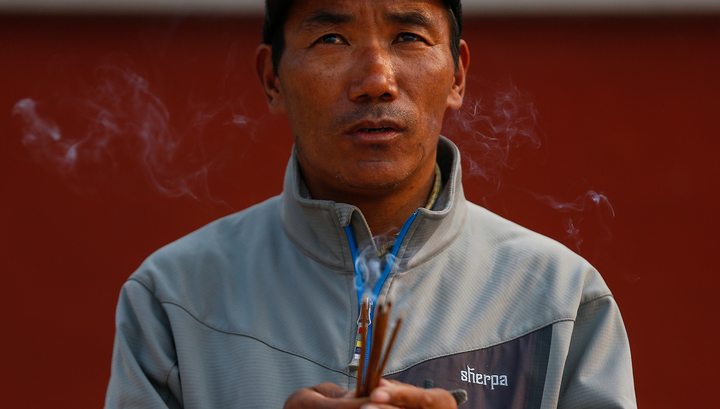 Найден человек, который покорил Эверест 22 раза