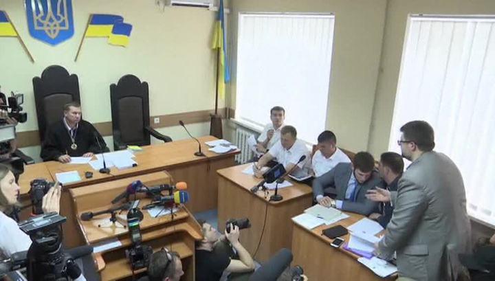 """Глава """"РИА Новости Украина"""" из зала суда отправлен в больницу"""