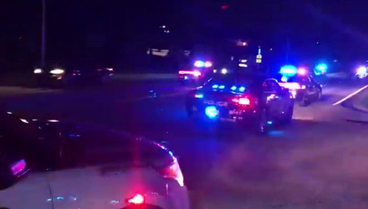 Стрельба по выпускникам у школы в Джорджии: погиб один человек