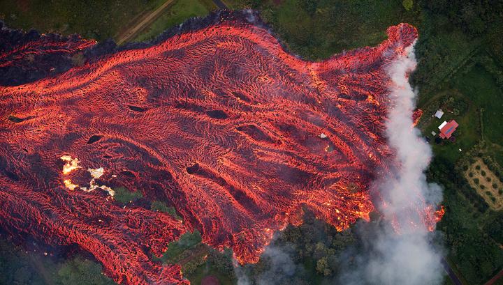 """Результат пошуку зображень за запитом """"потоки лавы на гавайях"""""""