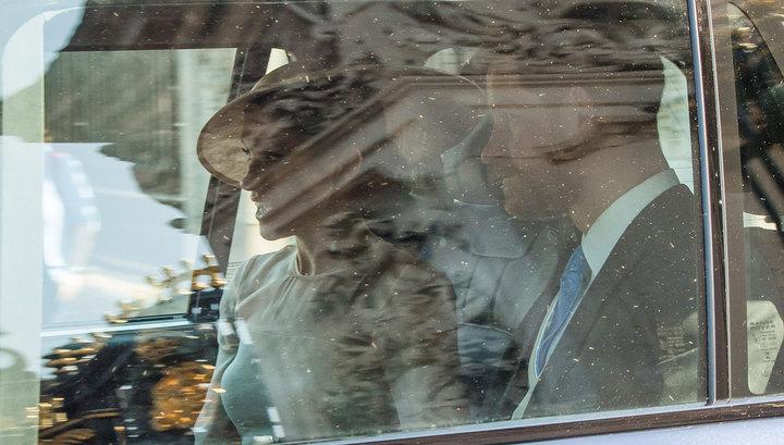 Принц Гарри и Меган пришли на день рождения принца Чарльза как муж и жена