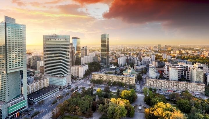 Страна костелов и янтаря: что купить в Польше по цене московской двушки