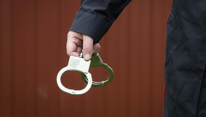 Сотрудники Следственного комитета арестованы за взятку в пять миллионов