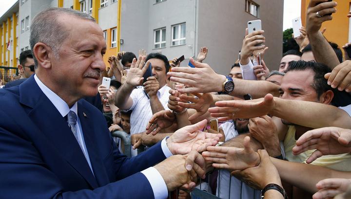 ЦИК Турции: Эрдоган набрал абсолютное большинство голосов на выборах