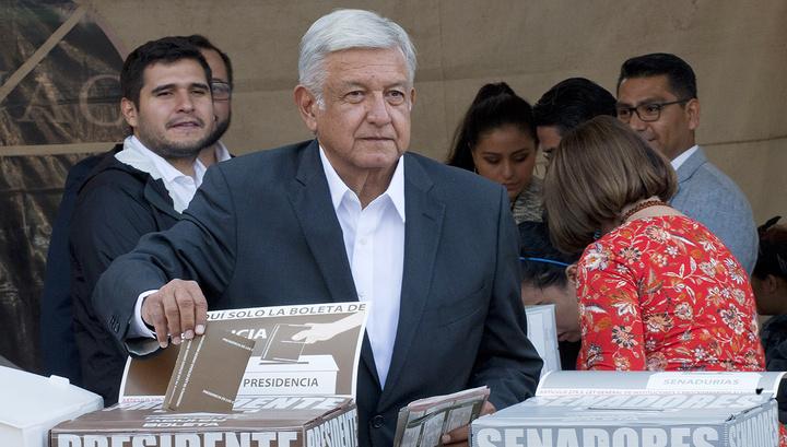 На выборах президента Мексики побеждает Лопес Обрадор