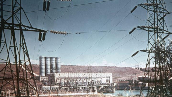 Авария на Мингечаурской ГРЭС оставила без электричества весь Азербайджан