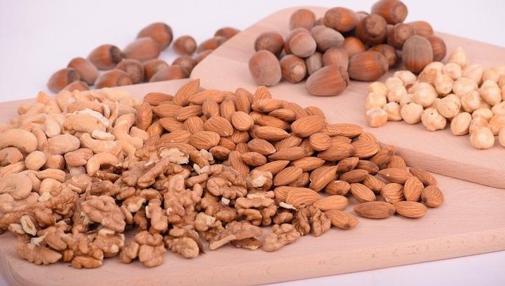 Исследование: Оказалось, что сперматозоиды любят орехи