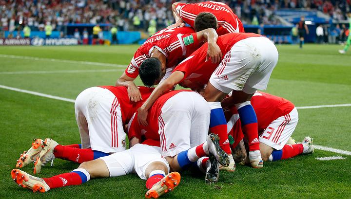 Сборная России вышла вперед в матче с Турцией