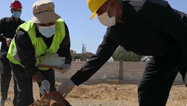 Массовые убийства: западная коалиция хоронила сирийцев на игровых площадках и стадионах