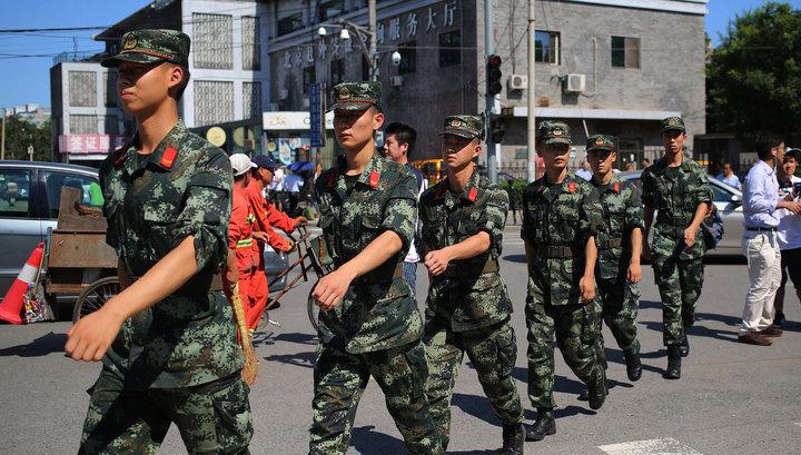 Возле посольства США в Пекине прогремел взрыв