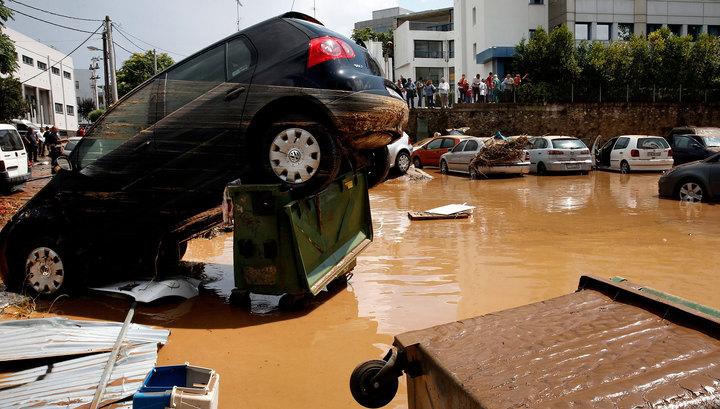 Второй раунд стихии в Греции: на смену пожарам пришло наводнение