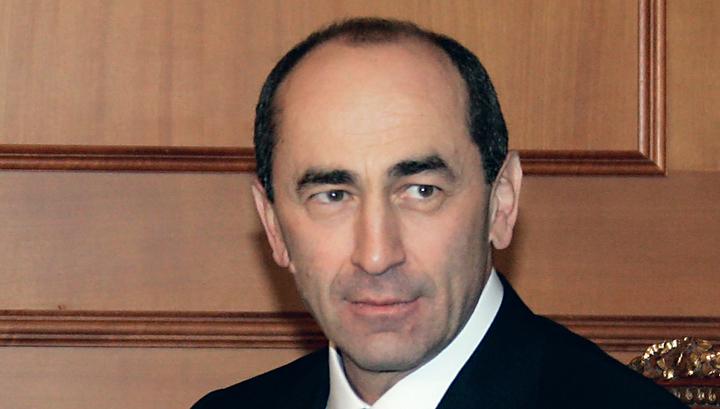 Бывшего президента Армении опять отправили под стражу