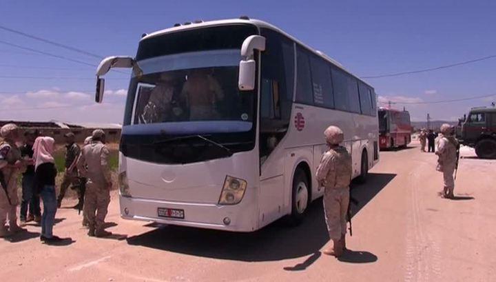 Демилитаризация Сирии: боевики продолжают покидать захваченные города