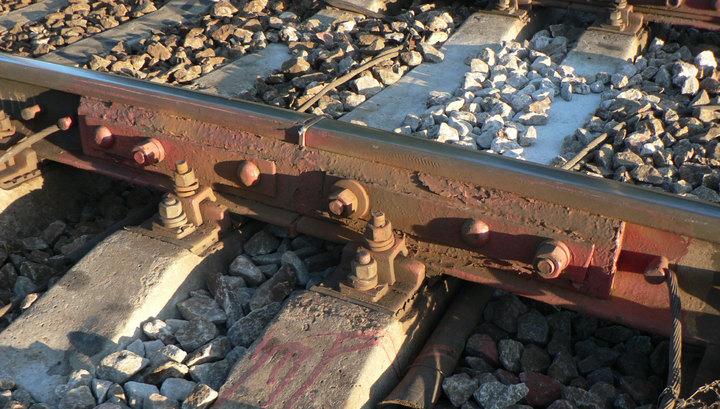 На Ленинградском вокзале с рельсов сошел вагон