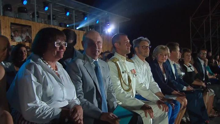 "Путин прибыл на ""Оперу в Херсонесе"""
