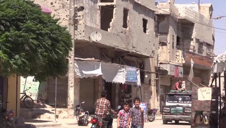 Беженцы возвращаются в Сирию и начинают восстанавливать свои дома
