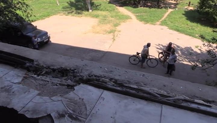 Гибель врачей: в Донбассе противотанковой ракетой уничтожена скорая помощь