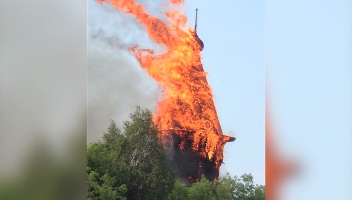 В Кондопоге загорелась самая высокая деревянная церковь Карелии